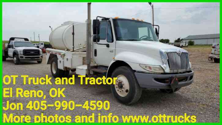 International 4300 SBA 4x2 (2005)