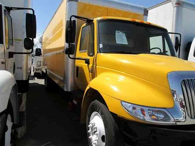 International 4300 26Ft Box Truck- moving - Multiple units in stock- CARB compliant (2013)