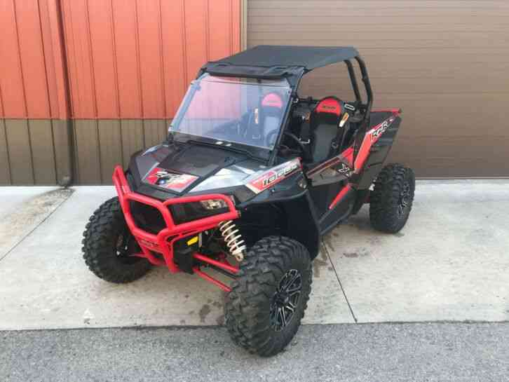 Polaris RZR XP 1000 EPS (2017)