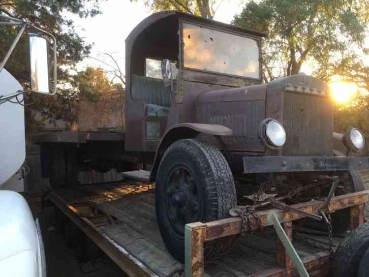 Flatbed Tow Truck >> Moreland Los Angels documented built (1919) : Utility / Service Trucks
