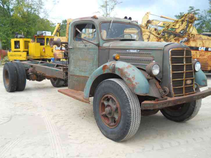 Mack (1947) : Medium Trucks