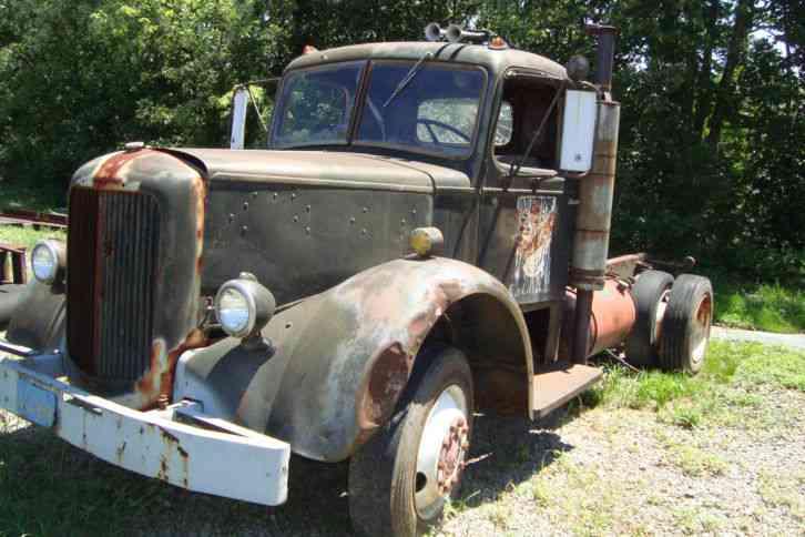 1948 Mack Truck : Mack mach daycab semi trucks