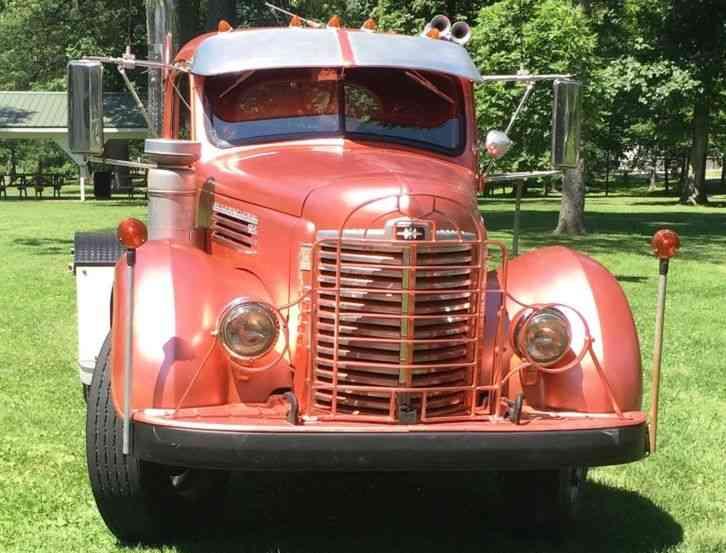 International KB 7 1949 Daycab Semi Trucks