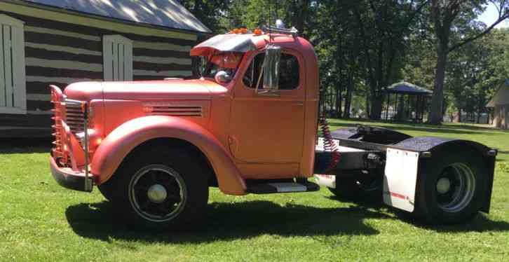 International KB-7 (1949) : Daycab Semi Trucks