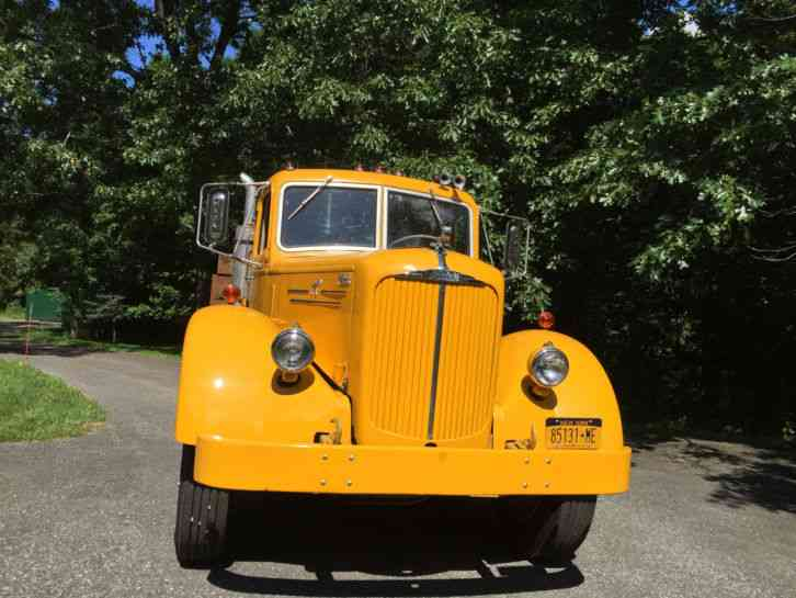 Old 4x4 Trucks For Sale >> Mack (1952) : Commercial Pickups