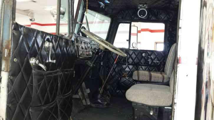 Used Bucket Trucks For Sale >> Peterbilt 351 (1956) : Daycab Semi Trucks