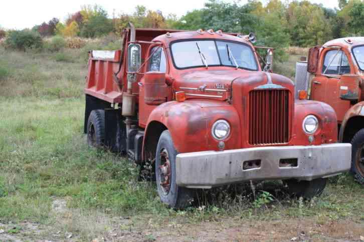 Mack B61t 1959 Daycab Semi Trucks