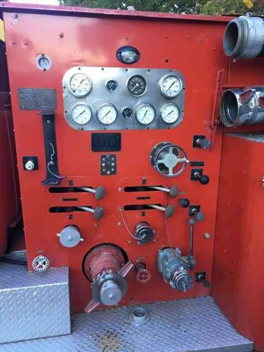 International 2dsd 1959 Emergency Amp Fire Trucks
