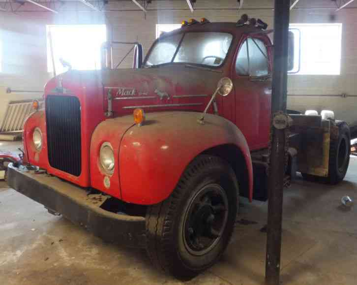 Trucks For Sale In East Texas >> Mack EQ (1949) : Daycab Semi Trucks