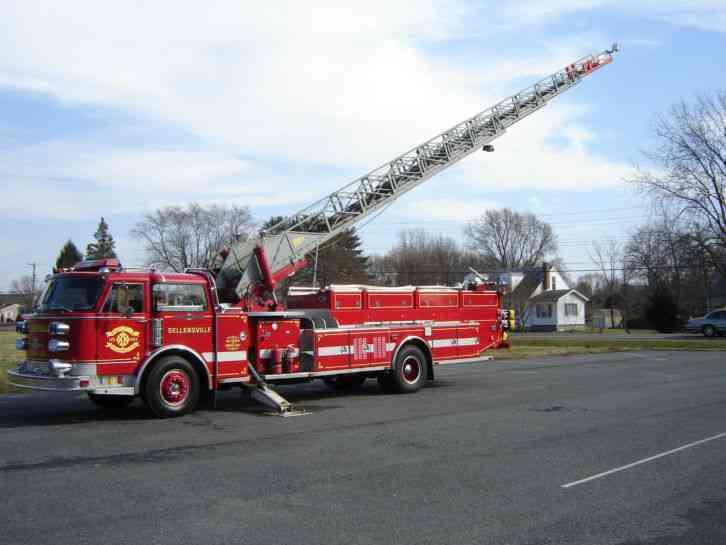 American LaFrance Mid Mount (1963) : Emergency & Fire Trucks