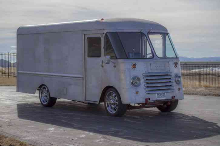 Chevrolet 1963 Van Box Trucks