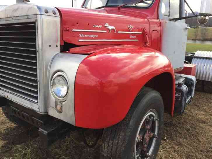 1964 Mack B Model : Mack b daycab semi trucks