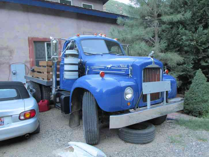 1964 Mack B Model : Mack b medium trucks