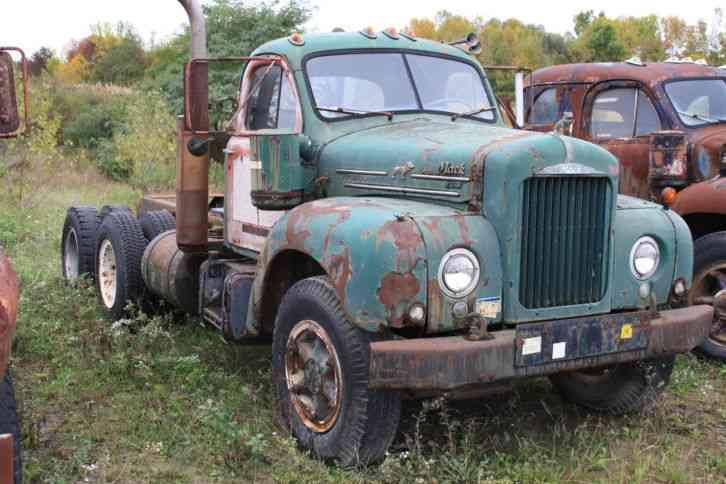 1964 Mack B Model : Mack b t daycab semi trucks