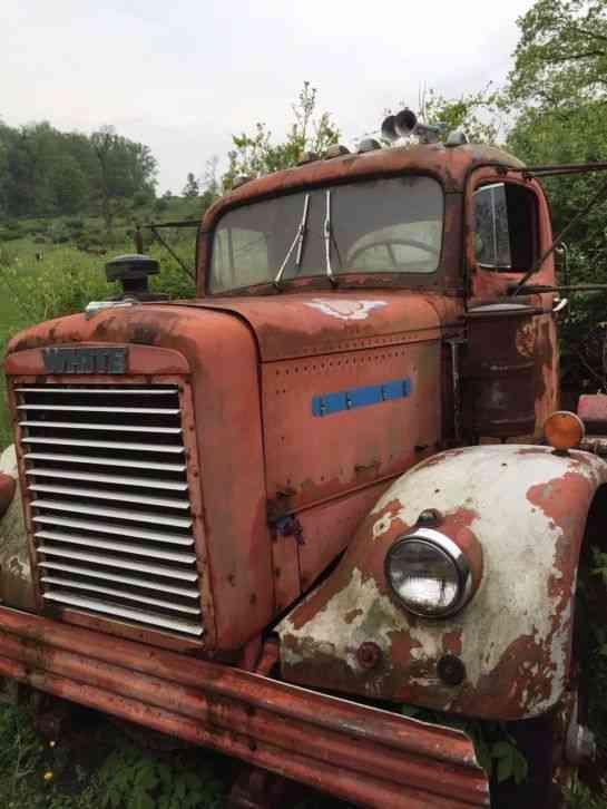 Freightliner 9064TD (1964) : Daycab Semi Trucks