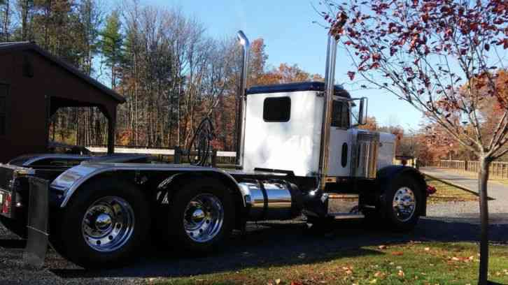 Peterbilt 351 1966 Sleeper Semi Trucks