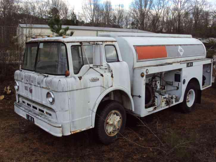 ford c802 1969 heavy duty trucks. Black Bedroom Furniture Sets. Home Design Ideas