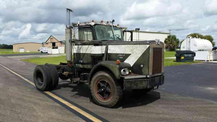 Diamond reo c114 1969 daycab semi trucks diamond reo c114 1969 sciox Image collections