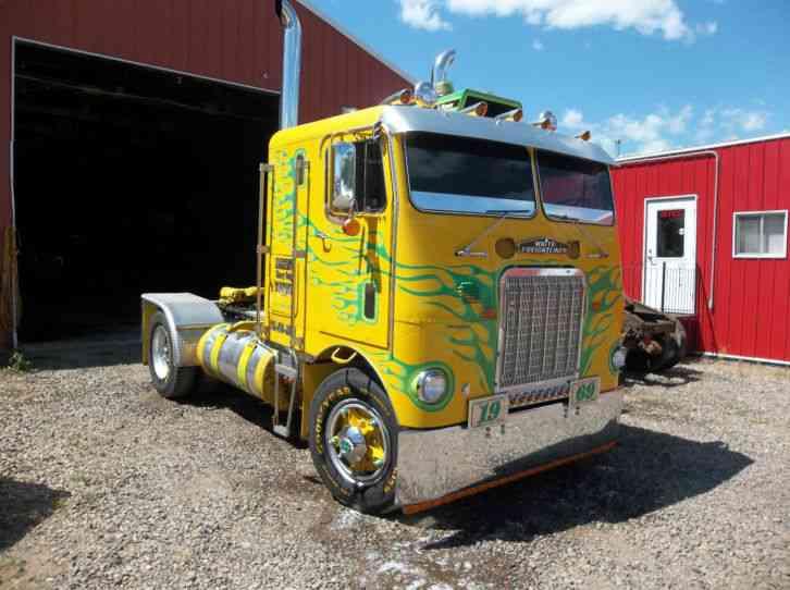Freightliner Fld120 Show Truck >> freightliner (1969) : Sleeper Semi Trucks