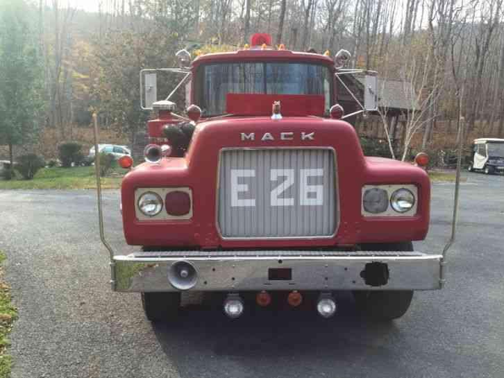 1970 Mack Truck : Mack emergency fire trucks