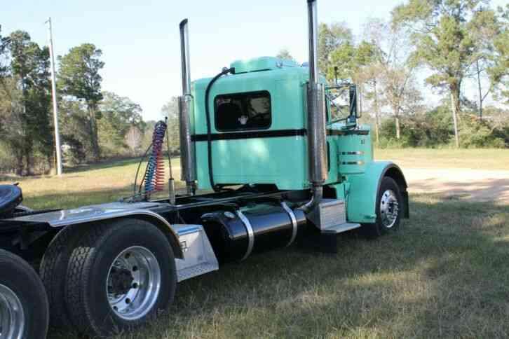 Used Bucket Trucks >> Peterbilt 359 (1970) : Daycab Semi Trucks