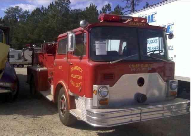 Mack 600 1971 Emergency Amp Fire Trucks