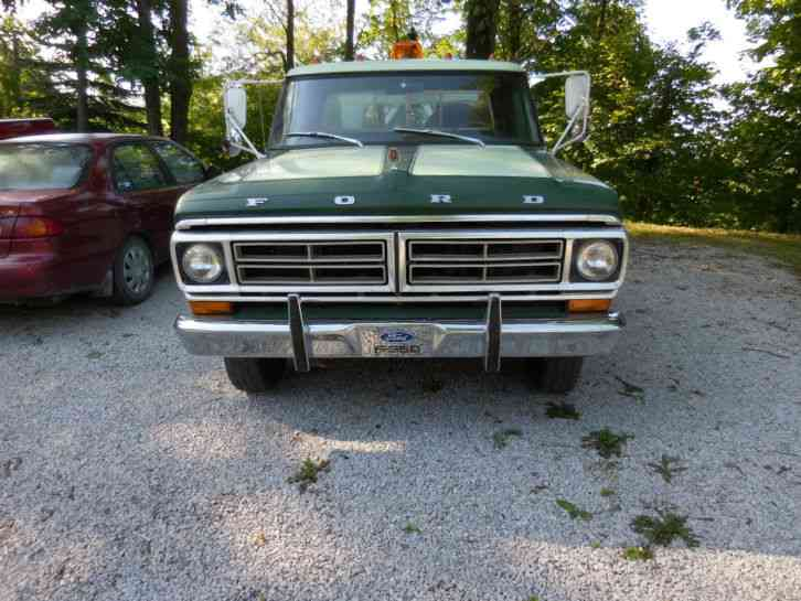 Ford F350 1972 Wreckers