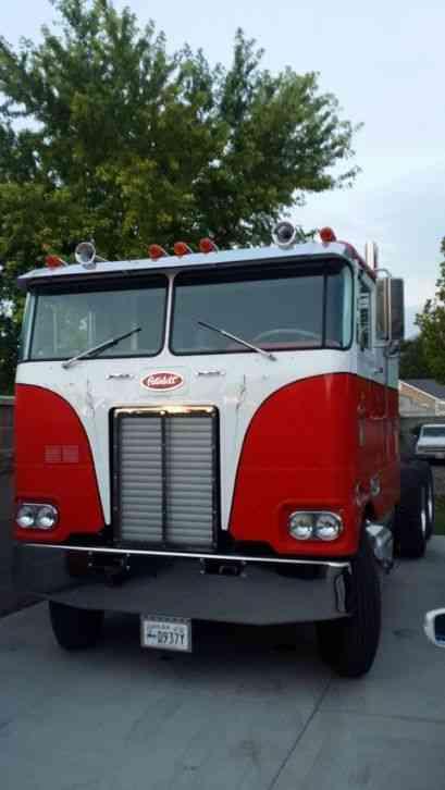 Cabover Trucks For Sale >> Peterbilt 352 (1973) : Sleeper Semi Trucks
