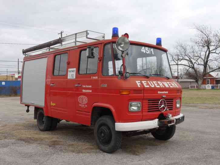 Mercedes benz 408 1974 emergency fire trucks for Mercedes benz emergency