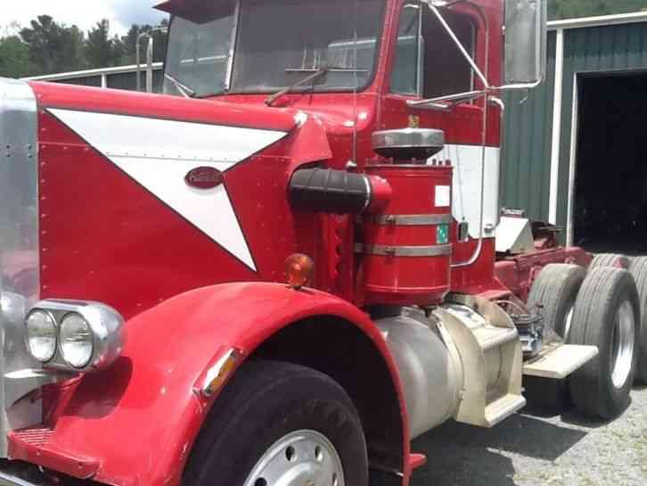 Peterbilt 359 (1974) : Daycab Semi Trucks