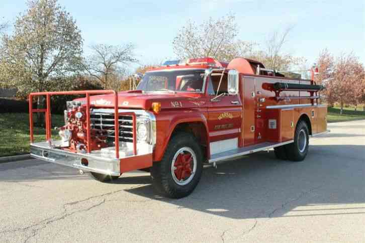 Ford F-750 Fire Truck (1975)