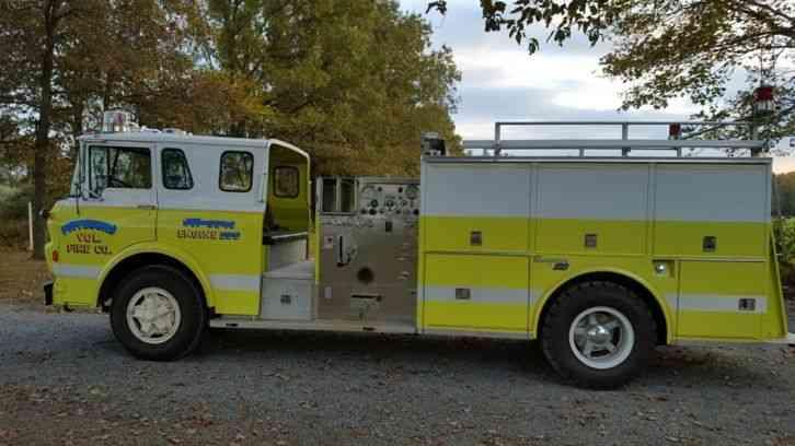 GMC Fire Truck Tanker, Pumper (1975) : Emergency & Fire Trucks