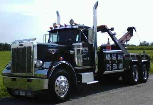 International 4700 (2001) : Wreckers