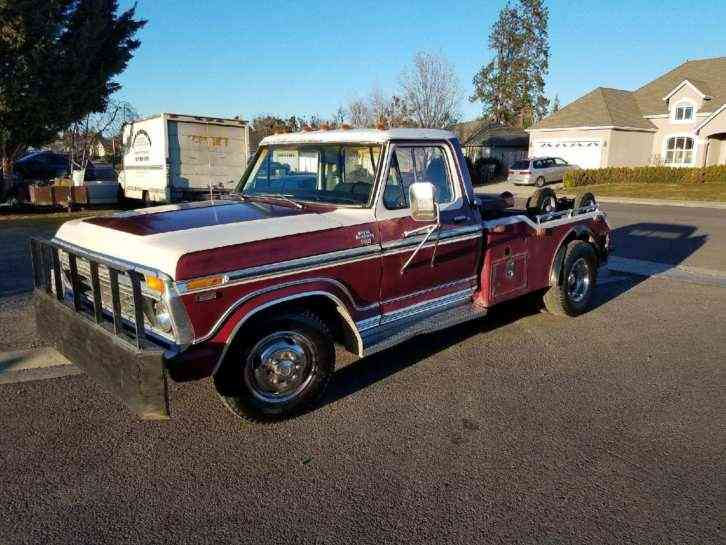 Ford f350 camper special (1977)