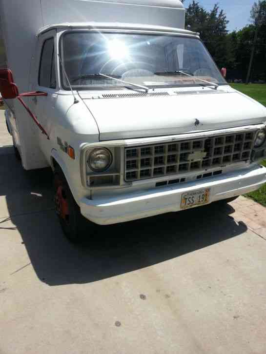 Chevrolet G30 1978 Van Box Trucks