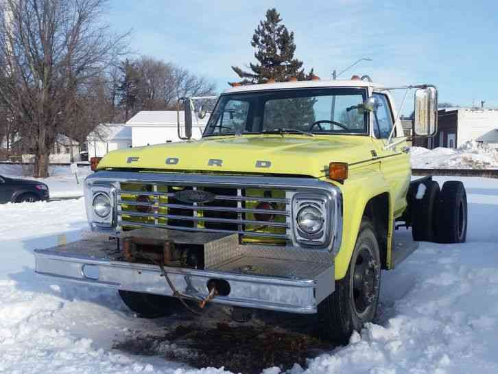 Ford F-700 (1978)