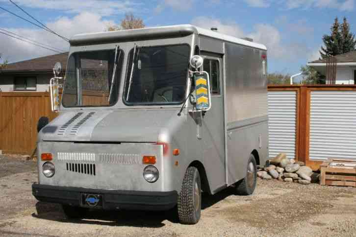 GMC Grumman Olson Step Van (1978)