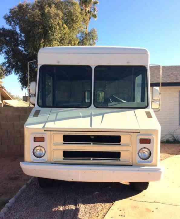 Isuzu Npr 16ft Box Truck 2011 Van Box Trucks