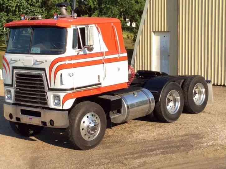 Used Tractor Tires For Sale >> International TRANSTAR (1979) : Sleeper Semi Trucks