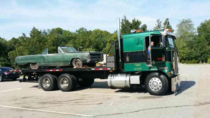 Kenworth K100 1979 Sleeper Semi Trucks