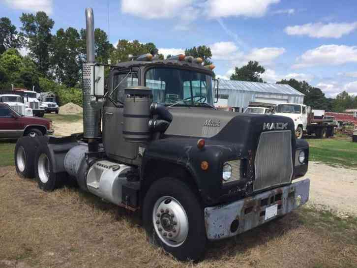 1979 Mack Tractor Truck : Freightliner m sport chassis daycab semi trucks