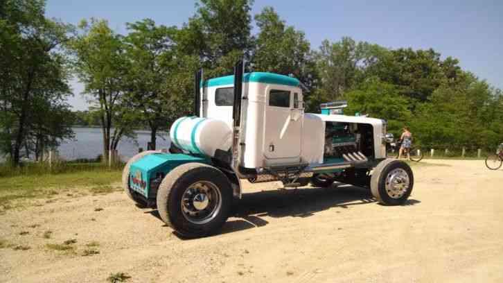 Peterbilt Hahn 359  1980    Daycab Semi Trucks