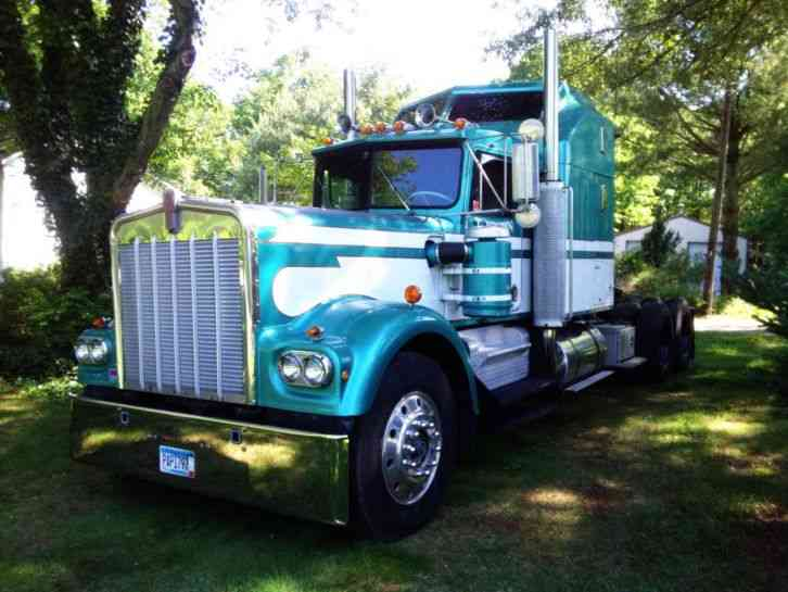 Kenworth W900A (1980) : Sleeper Semi Trucks