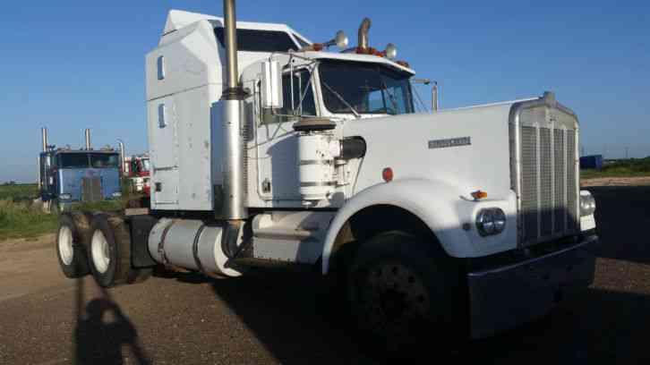 Kenworth W900A (1981) : Sleeper Semi Trucks