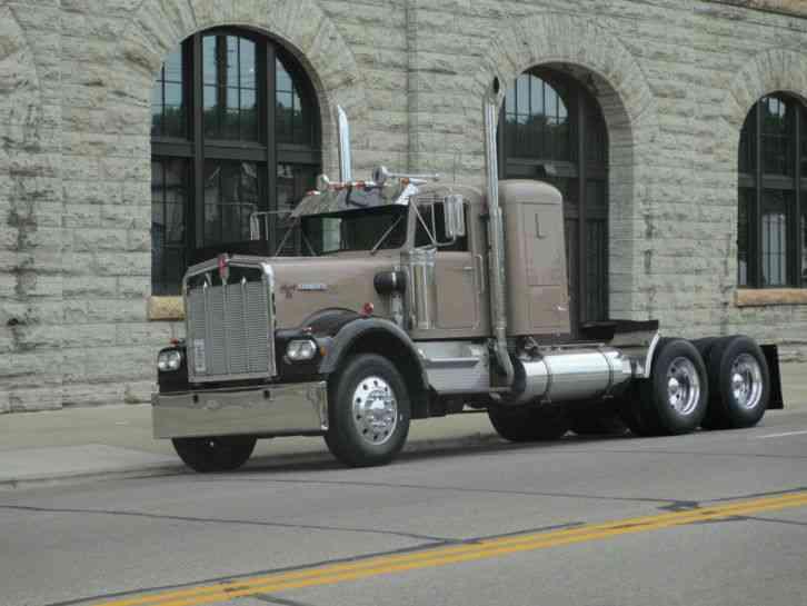 Kenworth Box Truck >> Kenworth W900A (1981) : Sleeper Semi Trucks