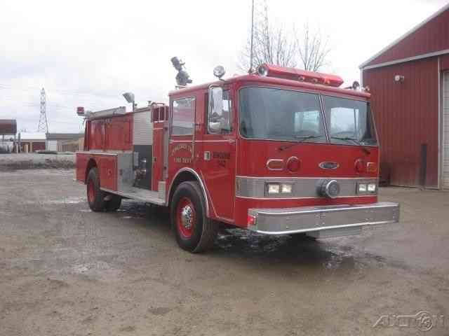 Pierce Arrow 1981 Emergency Amp Fire Trucks