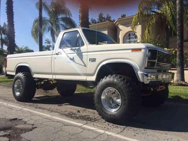 4X4 Van For Sale >> Ford F-350 XL (1982) : Utility / Service Trucks