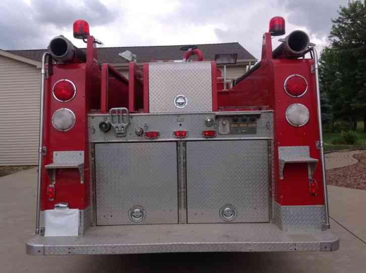 Ford 8000 1983 Emergency Amp Fire Trucks