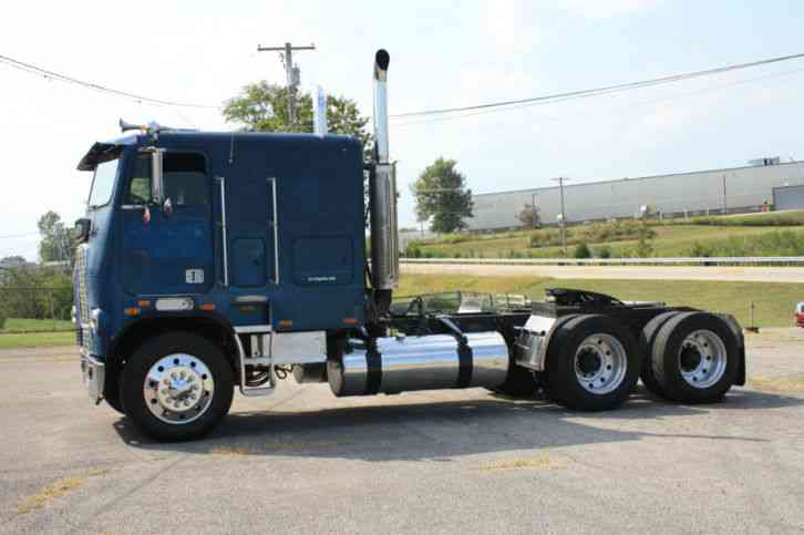 Used Trucks For Sale In Ky >> Freightliner 10464T (1984) : Sleeper Semi Trucks