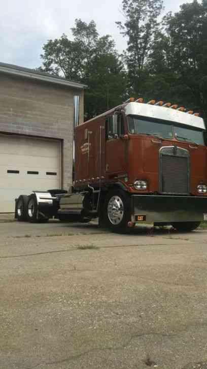 Kenworth K100 1984 Sleeper Semi Trucks